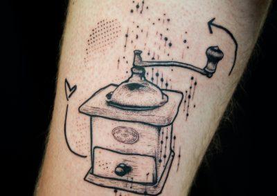 tattoomoulinacafé - kofi deuxmille